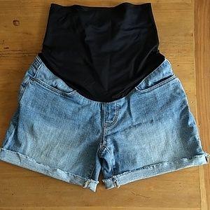 Petite maternity shorts